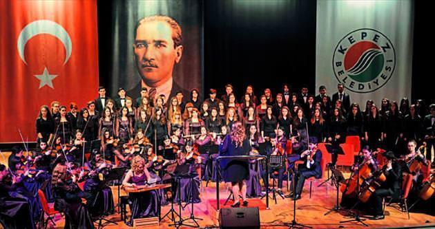 Öğrencilerden yeni yıl konseri