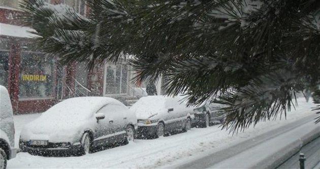 İstanbul'da termometreler eksiyi gösterdi