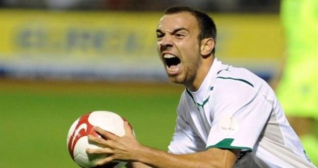 Ünlü futbolcu cezaevine girebilir