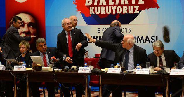 Kılıçdaroğlu'na ayakkabı fırlatıldı