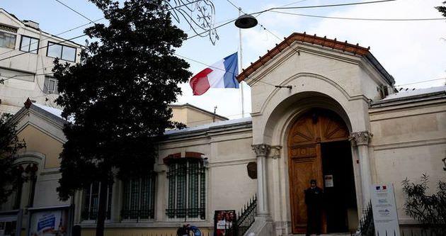 Fransız konsolosluğunda bomba paniği!