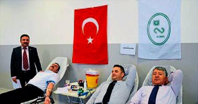 DSİ müdürleri kan bağışında bulundu