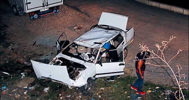 Alkollü sürücü 10 metrelik uçurumdan yan yola düştü