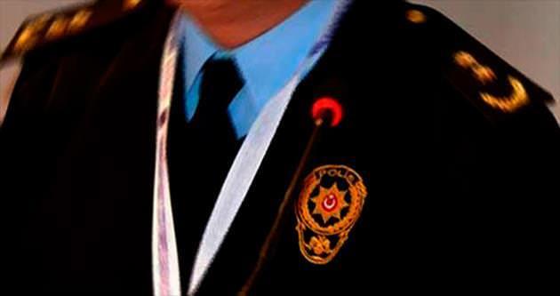 Paralel istihbaratçı 10 polise dava