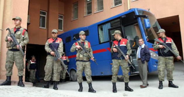 Jandarma cezaevinden çekiliyor