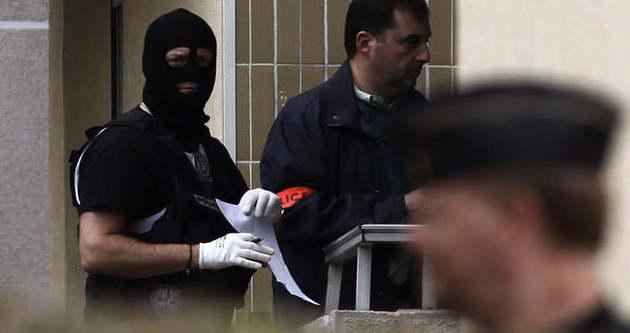 Dünya Fransız polisinin başarısızlığını konuşuyor