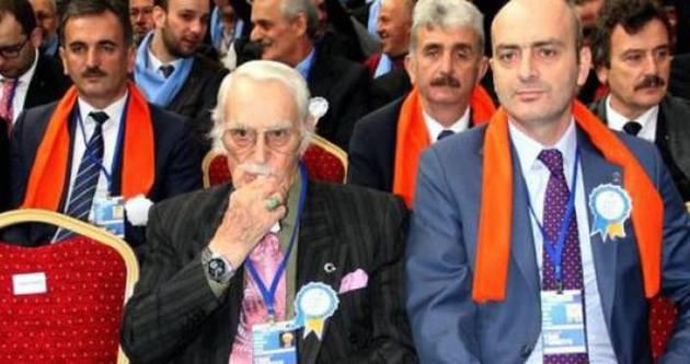 Eşref Kolçak AK Parti'nin kongresinde