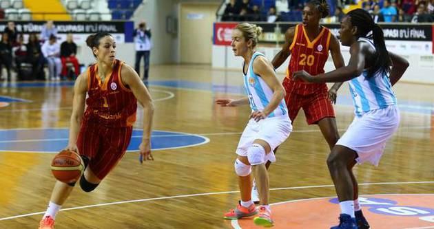 Galatasaray'dan 53 sayı fark