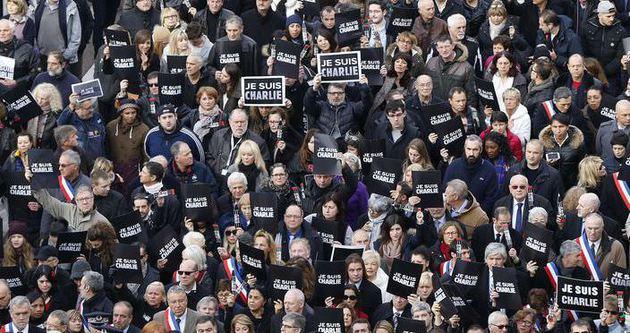 Fransa'da yüz binler Charlie Hebdo saldırısı için sokaklarda