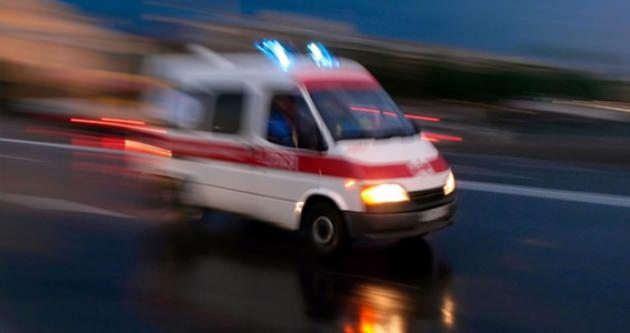 Cezaevi aracı devrildi: 4'ü asker 11 yaralı