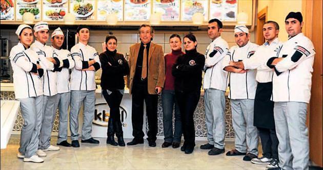 İkbal'den Adana'ya muhteşem lezzetler