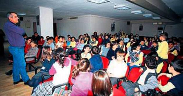Bayraklı'da geri dönüşüm semineri