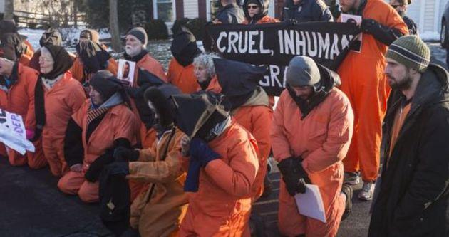 Washington'da Guantanamo protesto edildi