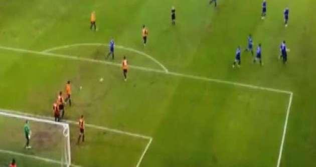 İngiltere'de şaşırtan penaltı
