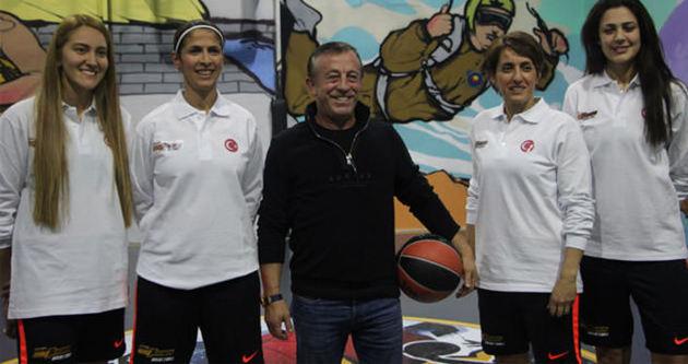 Ağaoğlu'ndan sokak basketboluna destek