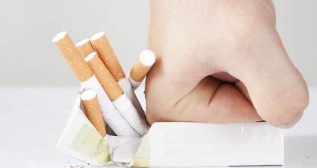 Sigaranın etkileri ağız içinden belli oluyor