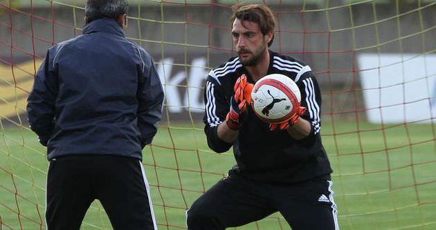 Trabzonspor, Hakan Arıkan ile sözleşme imzaladı