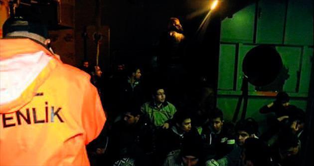 100 kaçak göçmen yakalandı
