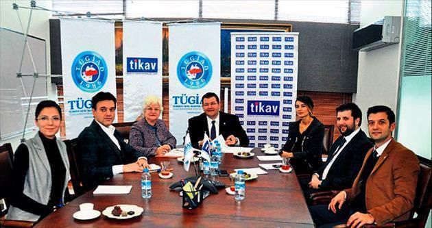 TİKAV'ın Annem ve Ben projesine destek