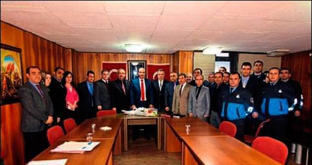 Elektrik kesintileri Enerji Bakanı Yıldız'a iletildi