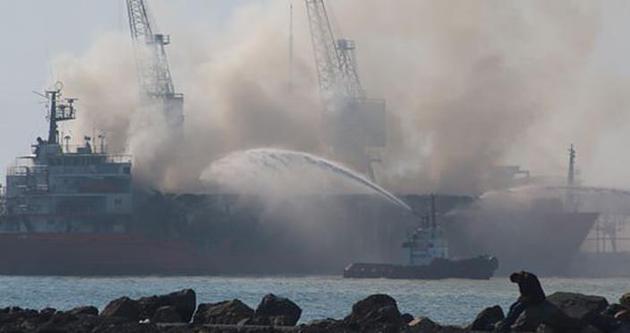 İskenderun Limanı'nda gemi yangını