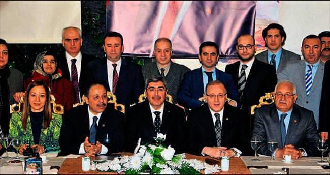'AK Parti umudun adresi'