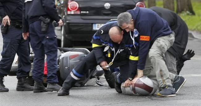 Fransa'da terörü övme gözaltıları