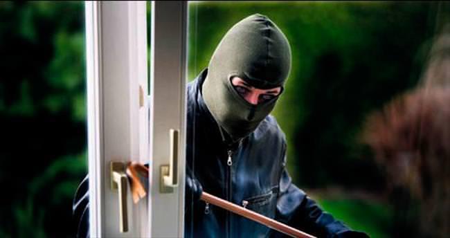 Beysukent'te soygun girişimine tutuklama