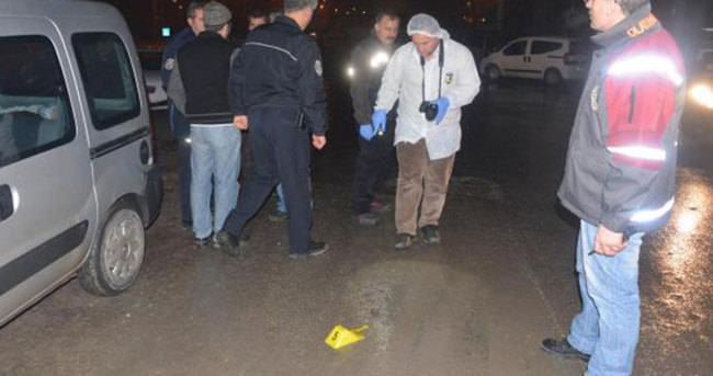 52 yaşındaki vatandaş araçtan açılan ateş sonucu yaralandı