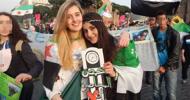Suriye'de kaçırılan İki İtalyan ülkelerine döndü