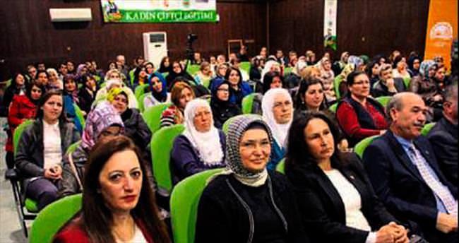 Mersinli kadın çiftçiler Erdemli'de eğitime alındı