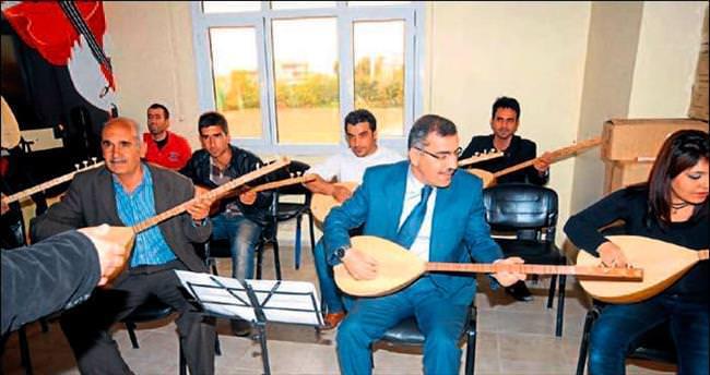 Kültür Evleri'nde müzik kursu