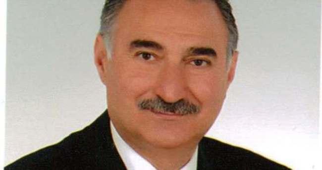 AK Parti'li Adnan Yılmaz trafik kazası geçirdi