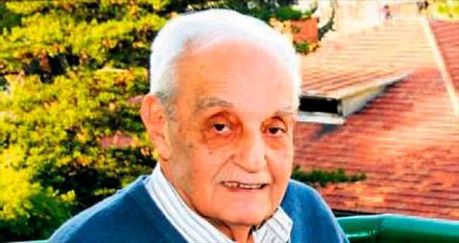 Sevilen gazeteci Aytaç Pekkoçak törenle anıldı
