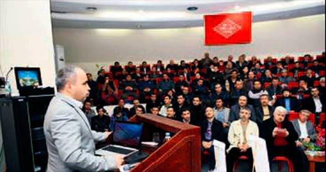 'Neden Osmanlıca' konferansı verildi