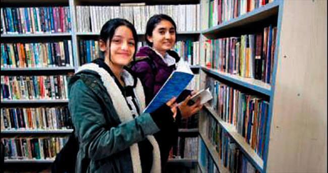 Bayraklı kütüphane sayısını artırıyor