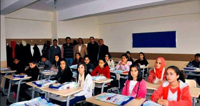 Öğrencilere ücretsiz ders