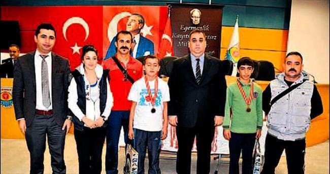 Tarsus'un Kurtuluş şampiyonları