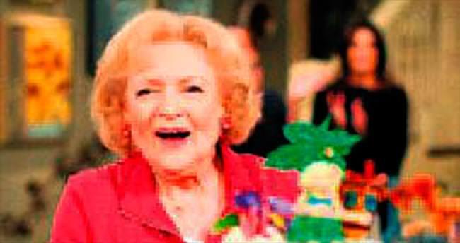 93'üncü yaşını sette kutladı