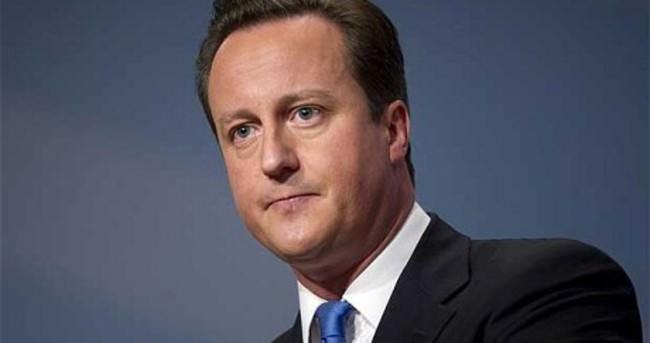 Cameron'dan Papa'ya Charlie Hebdo tepkisi