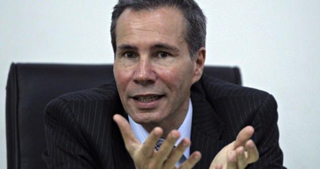 Arjantin Başkanına soruşturma açan savcı öldürüldü