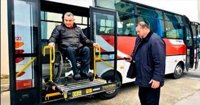 İzmir'de 435 otobüse engelli için asansör