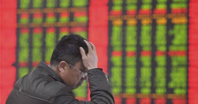 Çin 2014'te en düşük büyümeye imza attı