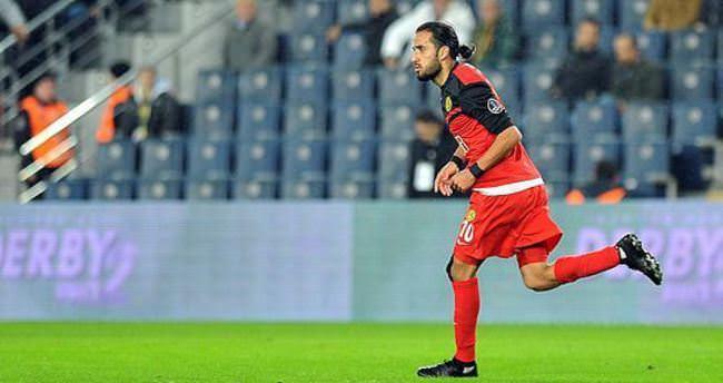 Erkan Zengin, Trabzonspor'la anlaştı!