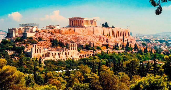 Atina'da her zaman 'mutlu' eğleniyorsunuz