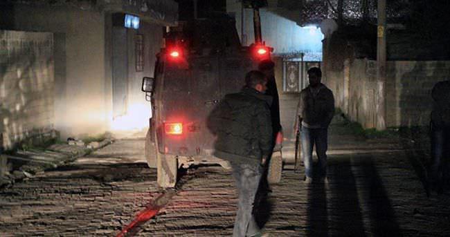 Silopi'de iki yere ses bombası atıldı