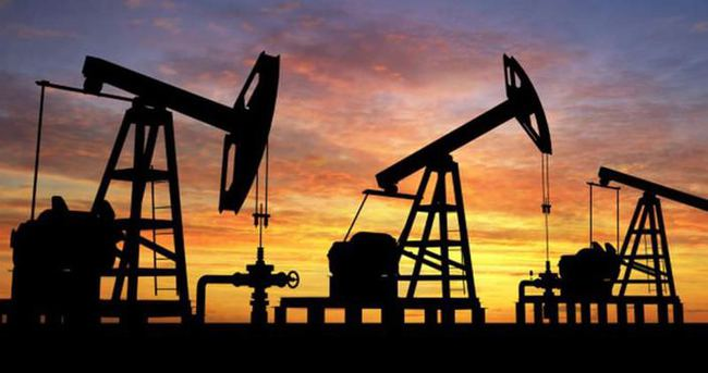 Rusya petrol için resti çekti