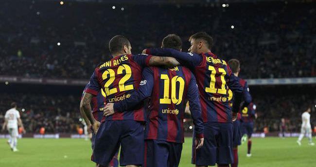 Barcelona Messi'yle kazandı