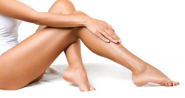 Güzel bacaklar için badem yiyin