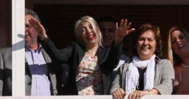 Erdoğan'a el hareketine 354 gün hapis cezası